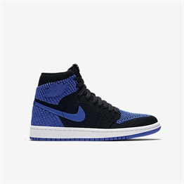 Air Jordan 1 Retro High Flyknit (GS) Shoe