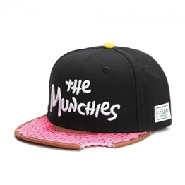 CAYLER & SONS The Munchies Snapback black/pinkdonut/white
