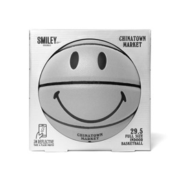 CHINATOWN MARKET SMILEY 3M BASKETBALL