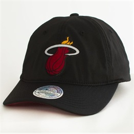 Mitchell & Ness Light & Dry Snapback Miami Heat