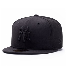 New Era Black On Black Cap New York Yankees